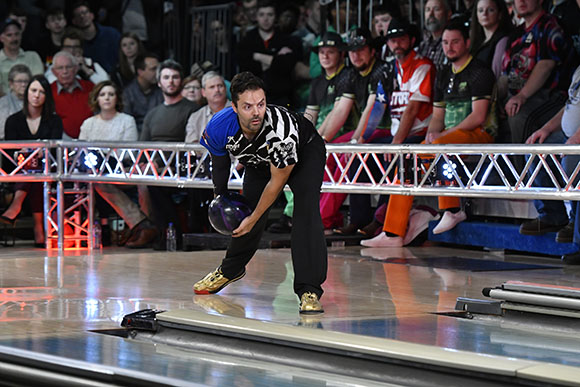 America, embrace Jason Belmonte. With two hands.